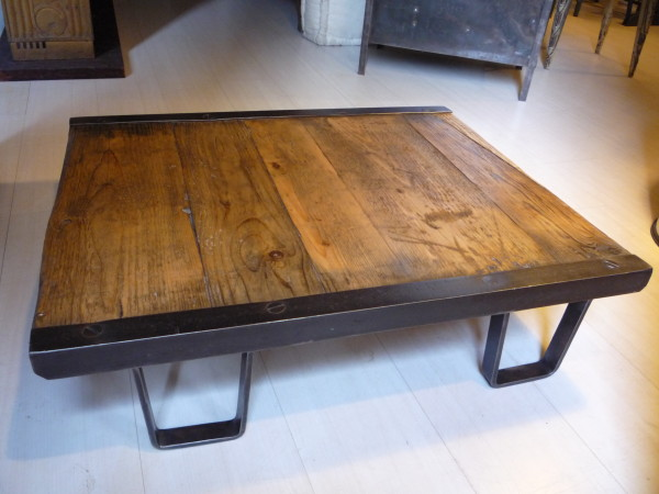 Table basse industrielle sncf