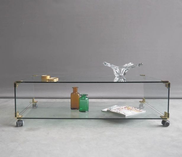 Table basse en verre roulettes
