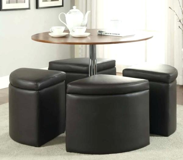 Grande table basse avec pouf
