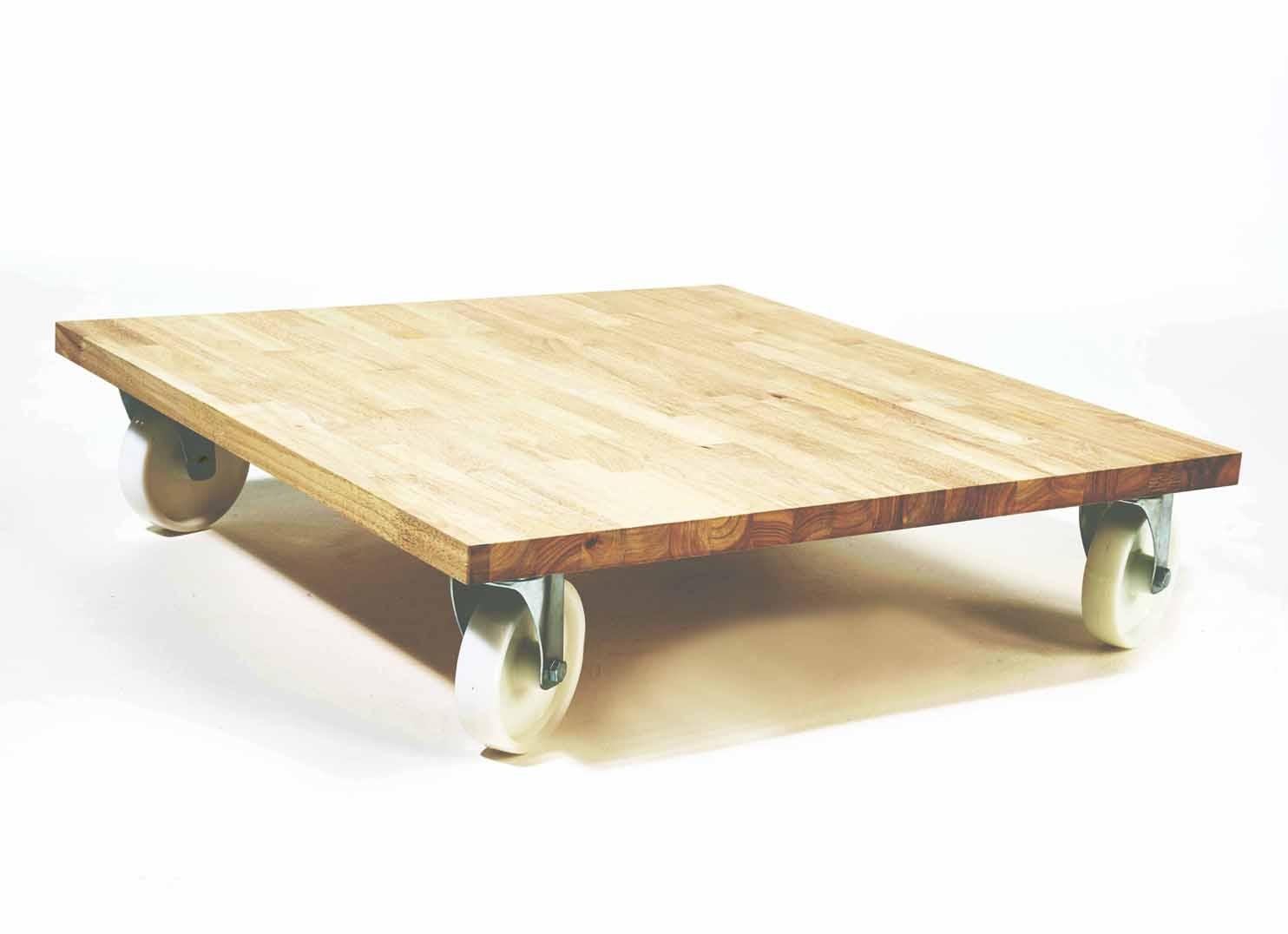 Table basse sur roulette avec rangement