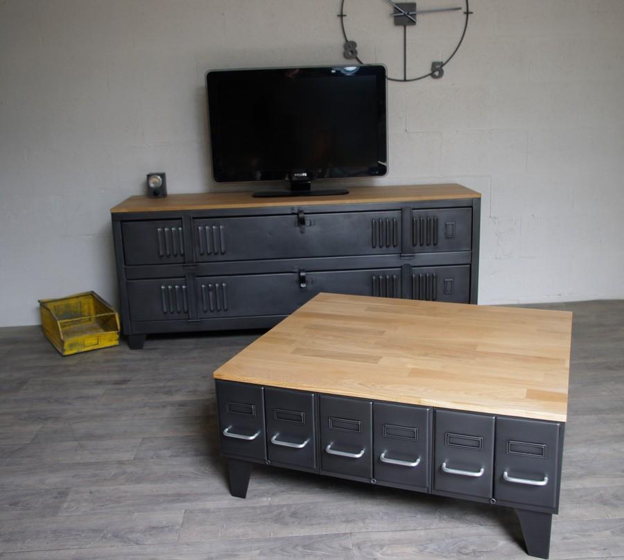 Table basse caisse industrielle