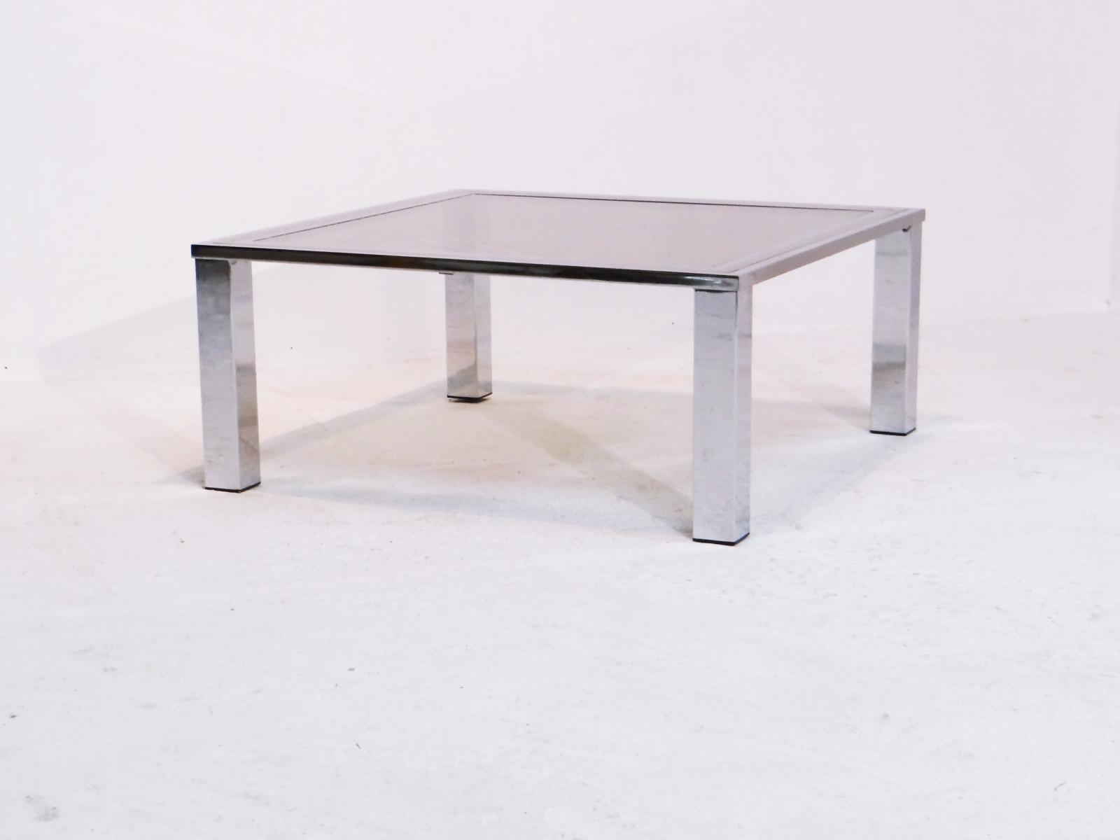 Table basse vintage suisse