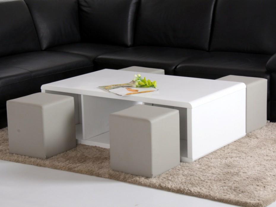 Table basse de salon avec pouf