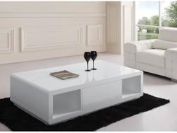 Table basse laquée avec rangement